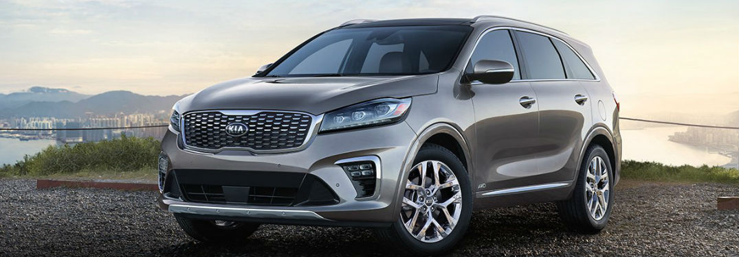 2019 Kia Sorento front and side profile