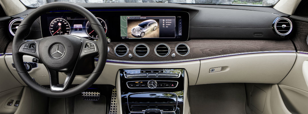 Mercedes-Benz E-Class All-Terrain Infotainment Screen