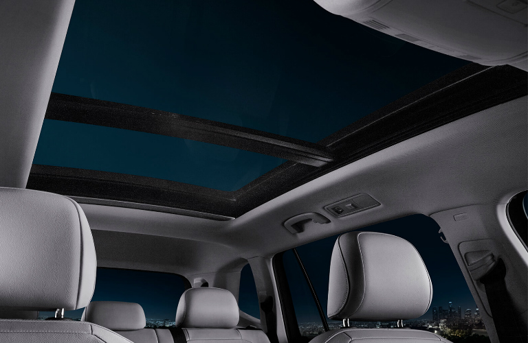 Panoramic sunroof in 2019 Volkswagen Tiguan