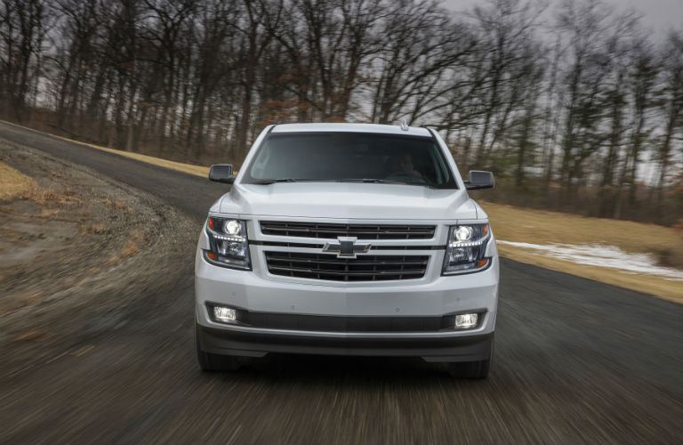 Tahoe Towing Capacity >> 2018 Chevy Tahoe Engine Specs And Towing Capacity