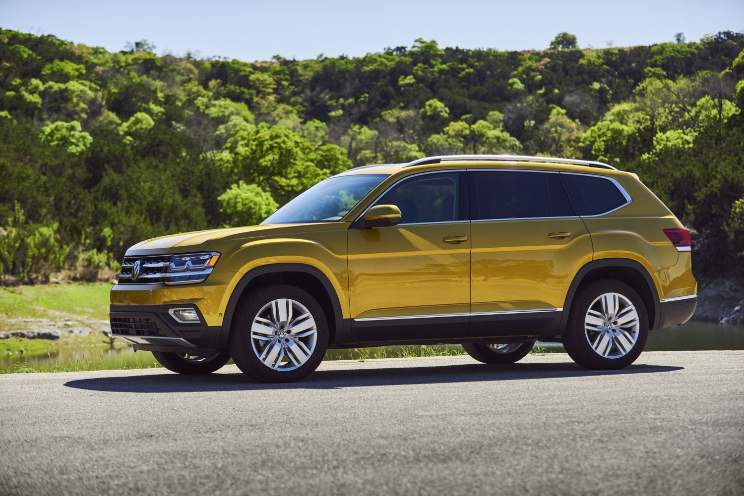 ATLAS Named Best Three-Row SUV