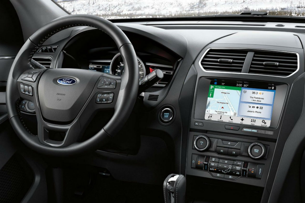 Touchscreen display and steering wheel mounted controls of the 2018 Ford Explorer