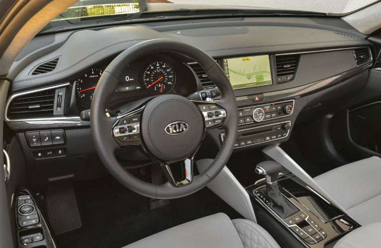 Interior view of 2019 Kia Cadenza