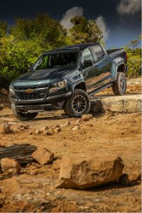 2018 chevrolet colorado offroading in zr2 trim