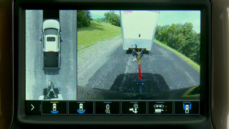 trailer hitch rear backup guidelines on the 2019 Chevy Silverado