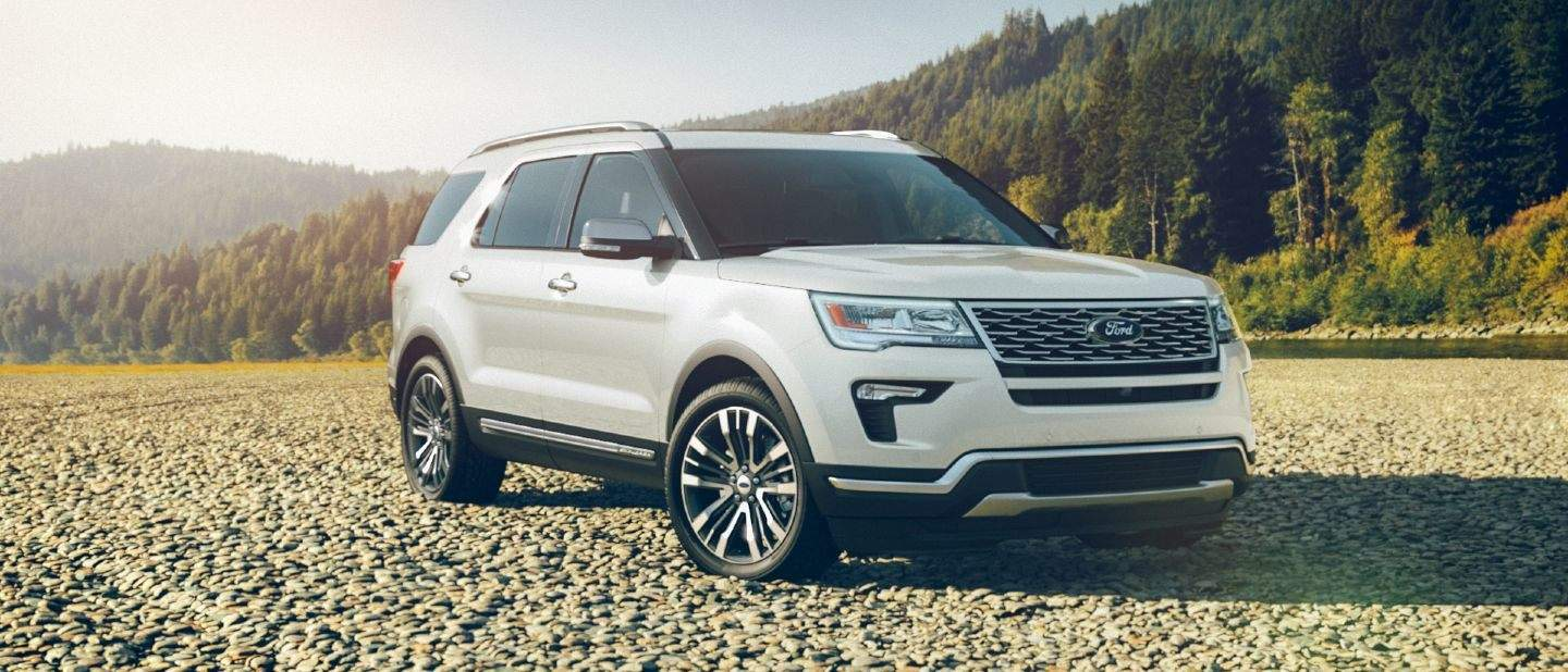 What Colors Is The 2018 Explorer Available In Holiday