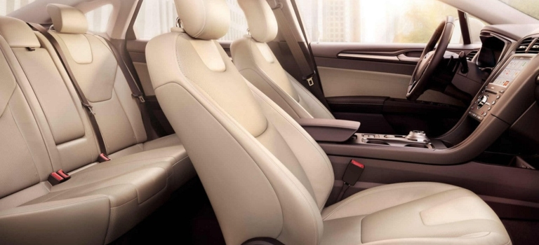 Interior Room Of The Ford Taurus And Fusion