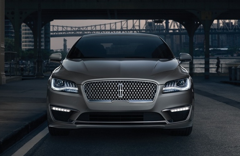 Front end of the 2020 Lincoln MKZ