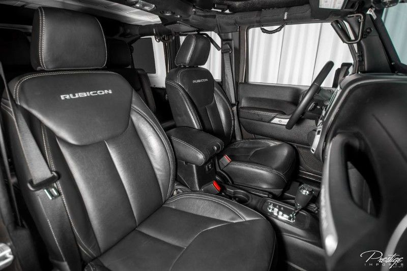 2016 Jeep Wrangler Unlimited Rubicon Interior Cabin Front Seating