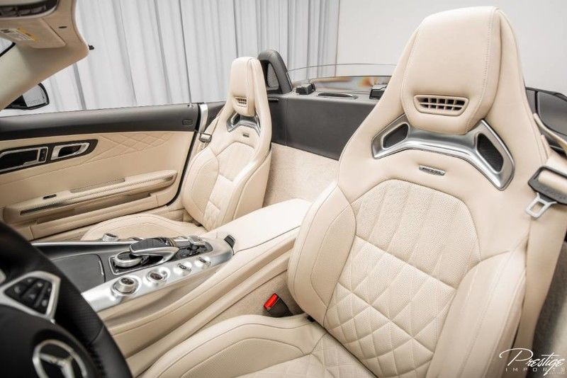 2018 Mercedes-Benz AMG GT Interior Cabin Front Seating