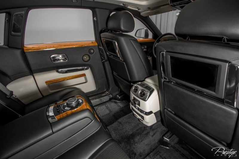 2015 Rolls-Royce Ghost Interior Cabin Rear Seat Entertainment System