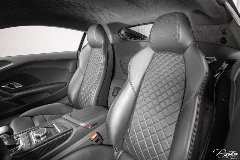2017 Audi R8 Coupe V10 Plus Interior Cabin Seating