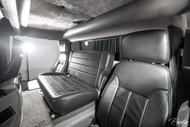 2000 Hummer H1 Interior Cabin Front Seating