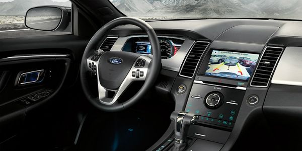Command Centre Inside the 2018 Ford Taurus