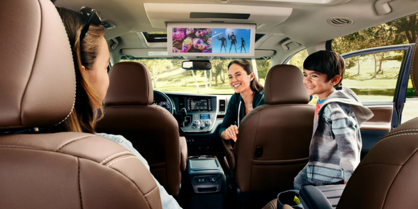 2018 Toyota Sienna Third-row View of Happy Family