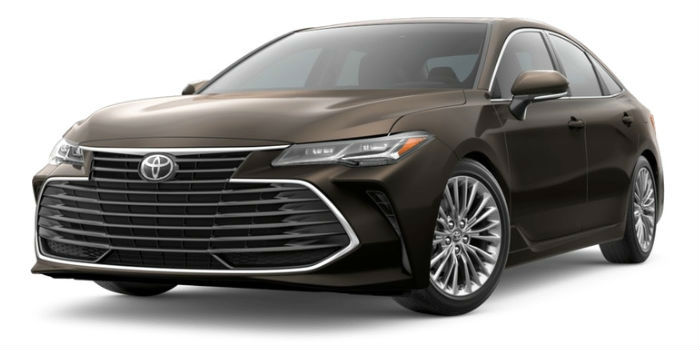 2019 Toyota Avalon Front View of Opulent Amber