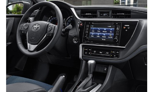 2019 Toyota Corolla touch screen display image